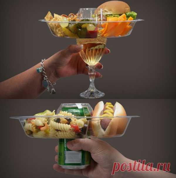 Тарелка для пикников и вечеринок. Можно купить на thefancy.com за 35$ (21шт.).