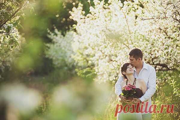 Яблочный сад: love-story Марии и Виталика - WeddyWood