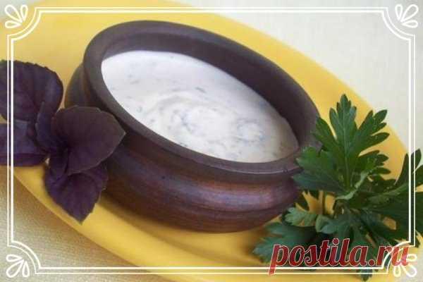 Горчично-сметанный соус с зеленью   Время приготовления: 10 минут.   Ингредиенты:  Показать полностью…