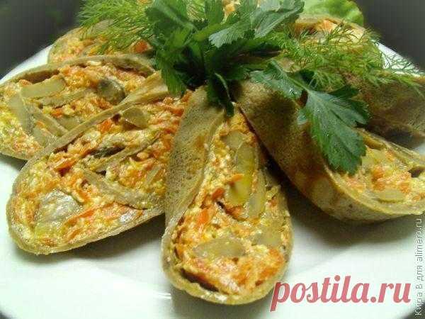 Печеночный рулет с грибами и овощами / Рецепты с фото