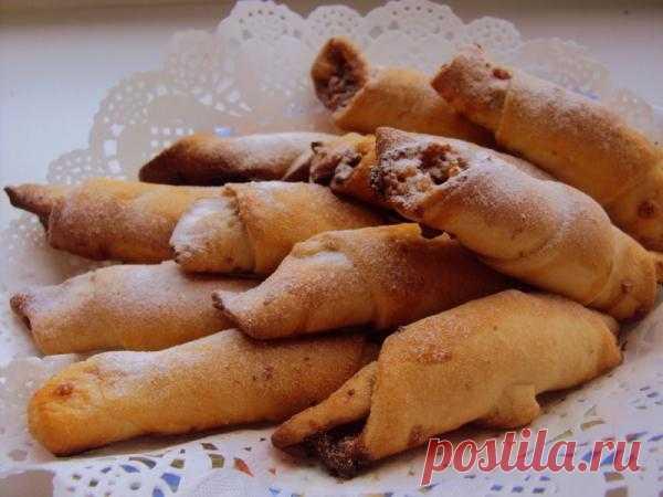 На пикник с ребенком: что приготовить? Рогалики с орехами.