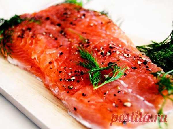 Быстрый способ засолки нежной и ароматной красной рыбы в домашних условиях
