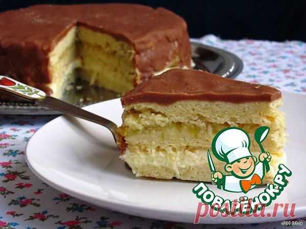 Песочный торт со сгущенкой, фруктами и шоколадно-карамельной глазурью. Автор: dolphy