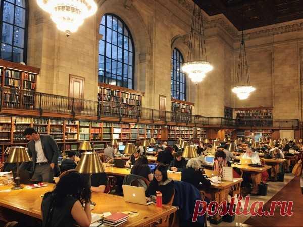 Фотообзор Нью-йоркской публичной библиотеки   Это самый большой зал, всего их около 10.