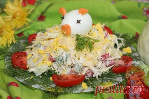 Салат Свинья в огороде - как украсить салат на Новый год Яркий эффектный салат Свинья в огороде понравится всем без исключения. Он легкий, сочный и полезный. Пошаговый рецепт как украсить салат на Новый год