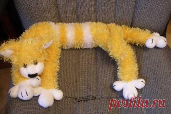 Вязаный кот спицами из пряжи травка | Кто сделает?