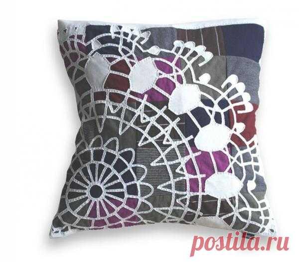 Подушка с креативной фактурой / Подушки / Модный сайт о стильной переделке одежды и интерьера