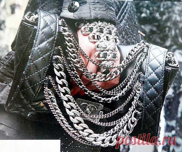 Клатч из новой коллекции CHANEL / Цепочки / Модный сайт о стильной переделке одежды и интерьера