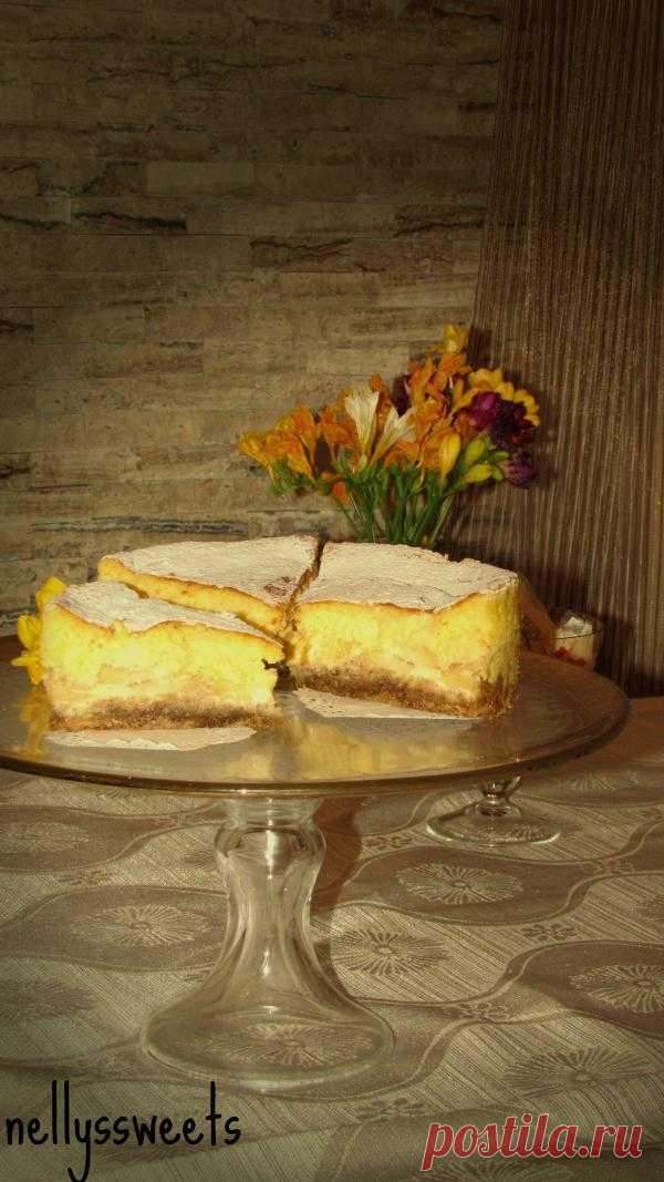 Коллекция чизкейков: Чизкейк с яблоками и сметанным кремом