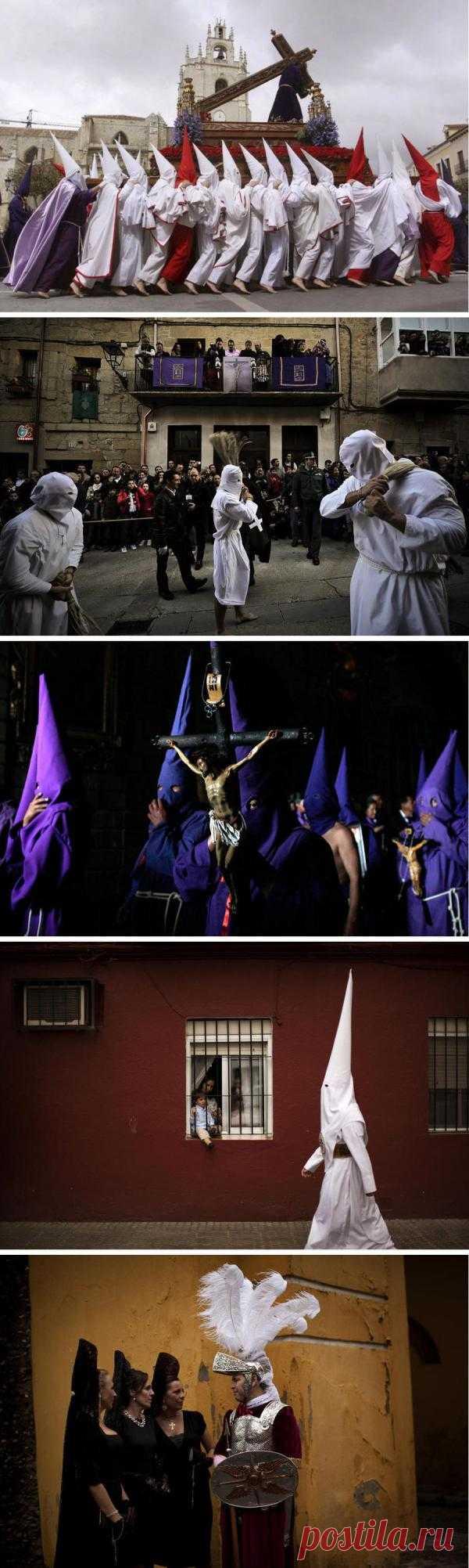 Севилья, Испания. Здесь во время Страстной недели проходит массовая процессия Братства кающихся грешников