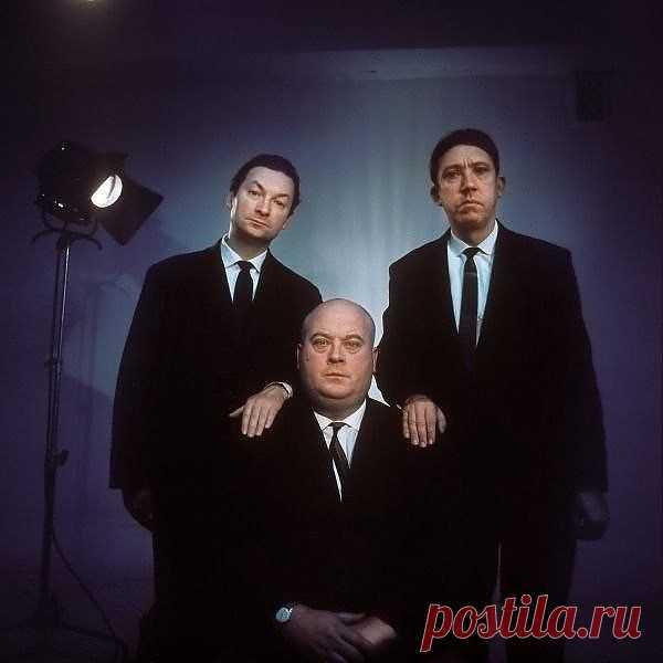 Вечные и не стареющие. Георгий Вицин, Евгений Моргунов и Юрий Никулин. Редкое фото.