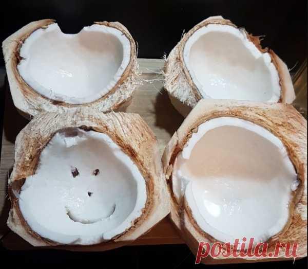Кокосовое масло для еды: пищевое применение, польза и возможный вред, как применять в кулинарии, с чем употреблять, приготовление напитков, можно ли жарить?