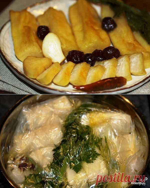 Маринованный дайкон - простая в приготовлении и просто превосходная закуска или гарнир. Удивите своих гостей этим чудесным маринованным овощем!