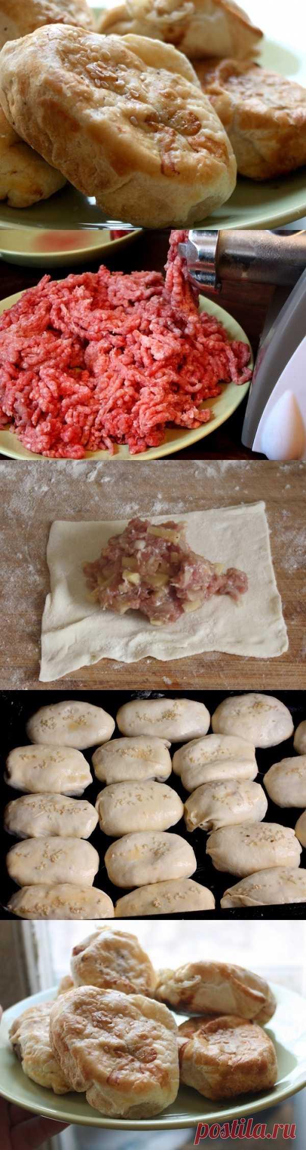 Пирожки с мясом и картошкой - банальные, но от этого не менее вкусные