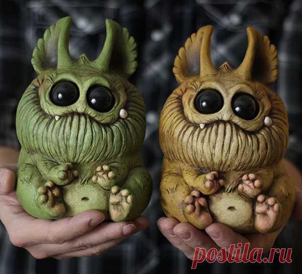 Terriblemente amable y terriblemente bueno: los monstruos cerámicos de Chris Ryniak - la Feria de los Maestros - la labor a mano, handmade