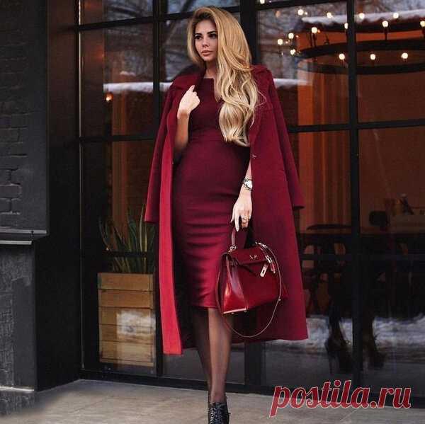 «Со вкусом!» 6 признаков грамотно одетой женщины   Очень много есть подборок модных вещей, не модных, что с чем сочетать и как носить. А вот общий облик грамотно и красиво одетой женщины остается в стороне. Я выделила 5 признаков, которые отличают женщину, одетую со вкусом.