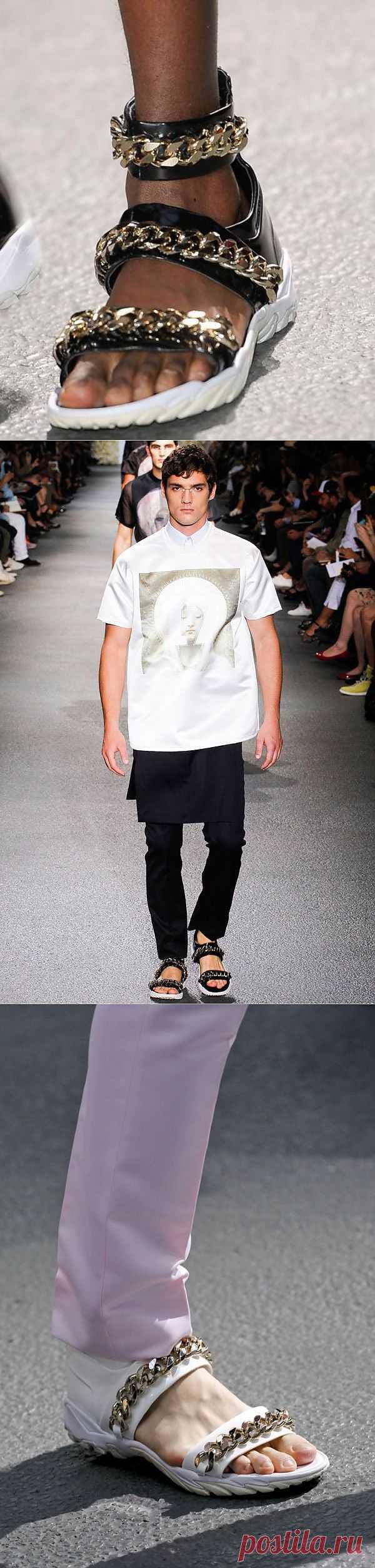 Сандалии из коллекции Givenchy весна-лето 2013 / Дизайнеры / Модный сайт о стильной переделке одежды и интерьера