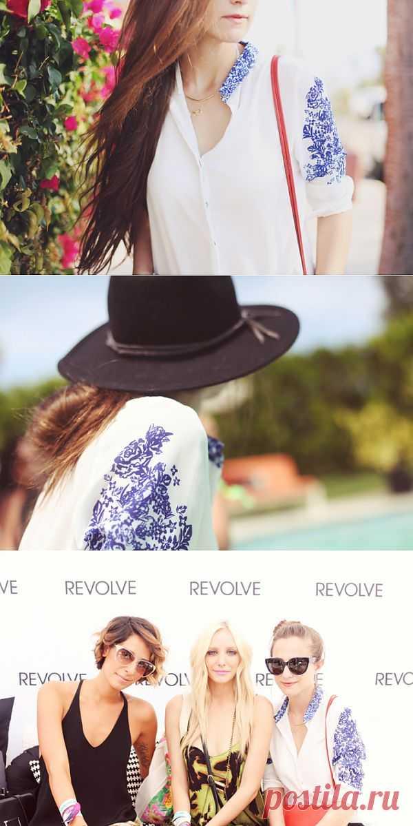 Синий принт на рубашке / Рисунки и надписи / Модный сайт о стильной переделке одежды и интерьера