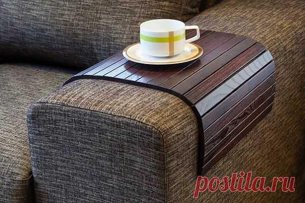 Отличная подставка для дивана.