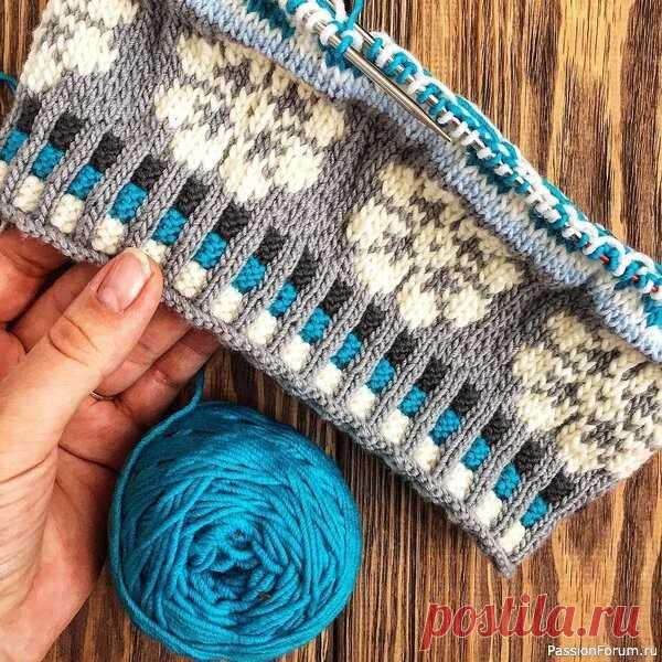 Как вязать резинку 2х2 с четким переходом цветов   Вязание спицами для начинающих