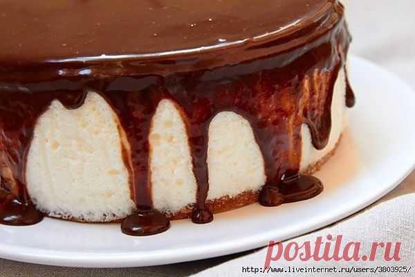 """Нежный торт """"Птичье молоко"""" с манкой – рецепт, не уступающий оригиналу."""