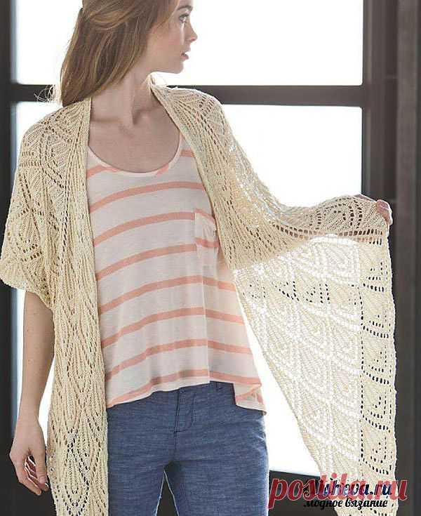 Шелковая ажурная шаль вязаная спицами