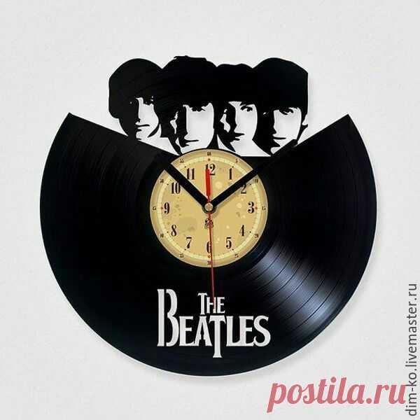 Часы настенные Beatles – купить в интернет-магазине на Ярмарке Мастеров с доставкой Часы настенные Beatles - купить или заказать в интернет-магазине на Ярмарке Мастеров   Часы изготовлены из старых виниловых пластинок.