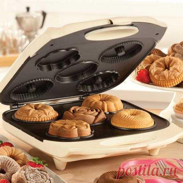 Прибор для выпекания кексиков. Посмотрите, какие они все получаются красивые и разные. всего $40 USD.