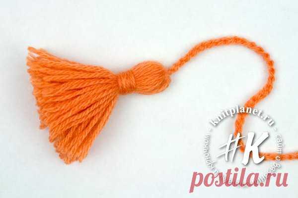 Планета Вязания   Как сделать кисточку из пряжи. Пошаговый мастер-класс