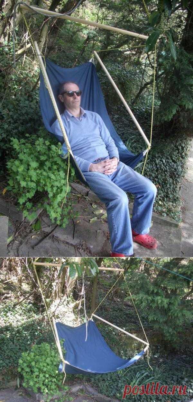 Вот такое вот подвесное садовое кресло-качалка. Хоть и написано на англ.яз., но там по картинкам буквально каждый шаг без слов понятен.