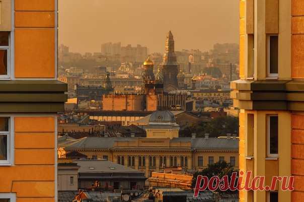 Спас на Крови, Санкт-Петербург. Фотограф – Владимир Колесников: nat-geo.ru/photo/user/124136/