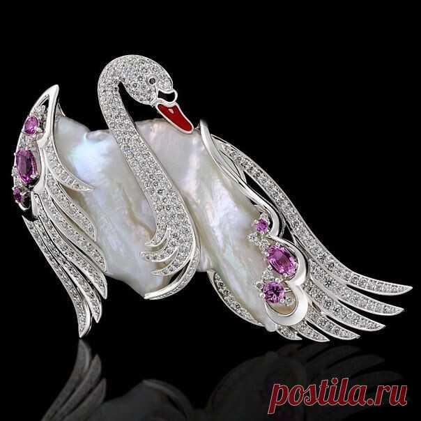 Лебединая тема в ювелирном искусстве.