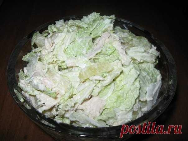 Салат из пекинской капусты, курицы и ананаса — Мегаздоров