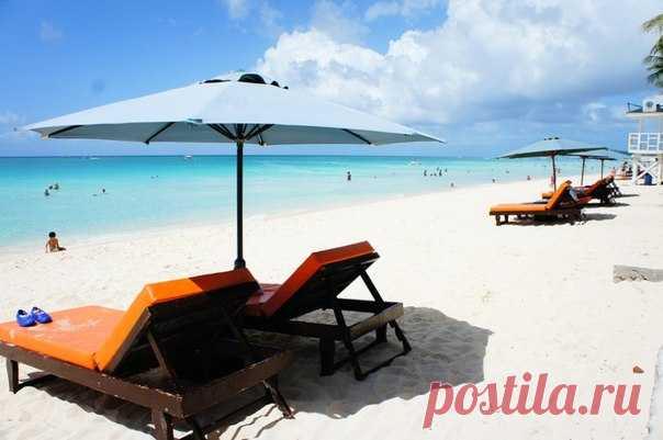 Филиппинские власти, решившие с 26 апреля закрыть для туристов одно из главных пляжных направлений планеты, заплатят занятым в сфере туризма местным жителям 2 000 000 000 песо.