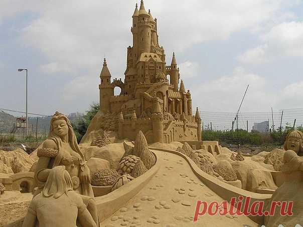 Потрясающая работа с песка