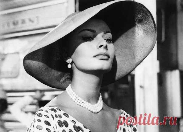 8 правил красоты от Софи Лорен.
