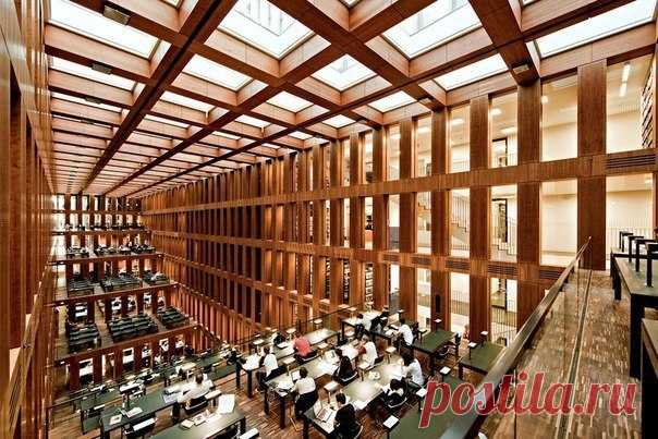 Библиотека университета Humboldt, Берлин - Путешествуем вместе