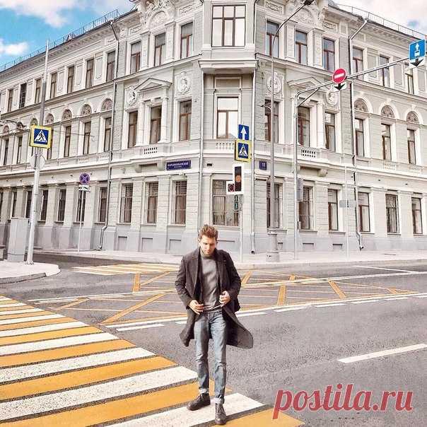 Фотограф и блогер Никита Сибилев в пальто из осенней коллекции H&M! #HMMan