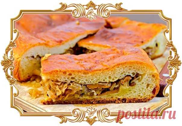 Пирог с капустой и грибами (рецепт вегетарианский)  Превосходное сочетание пышного дрожжевого теста и ароматной сочной начинки.  Время приготовления: Показать полностью…