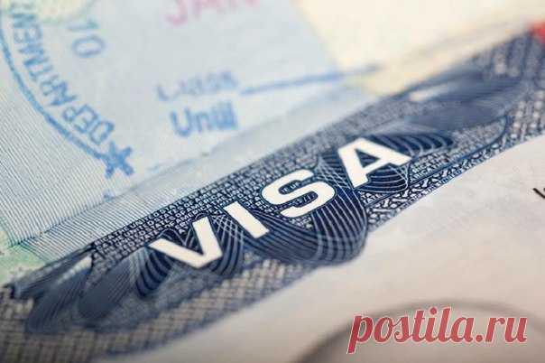 Изменения визовой политики США коснулись и туристов из России.