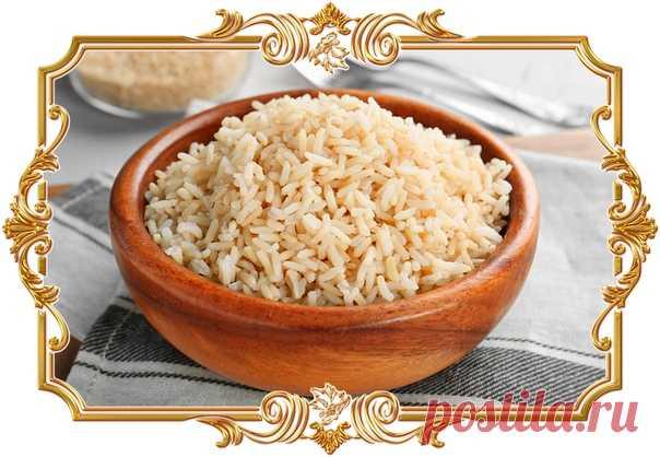 Рассыпчатый рис с лимоном (рецепт вегетарианский)  Цедра и сок цитруса придадут привычному блюду новый вкус. Такой гарнир отлично подойдёт к мясу и птице.  Время приготовления: Показать полностью…