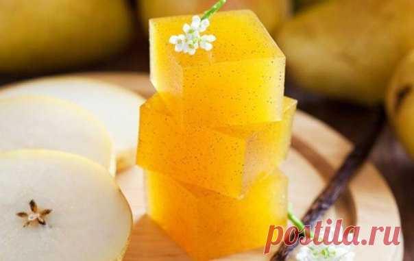 Лимонный мармелад без сахара — для сладкоежек с осиной талией!  на 100грамм — 55.73 ккал, Б/Ж/У — 10.99/0.13/2.68 Ингредиенты: тертая цедра лимона – 1 ст. л. желатин – 50 г сок лимона – 350 г стевия по вкусу Приготовление: Натереть 1 ст. л. цедры лимона. Выдавить…