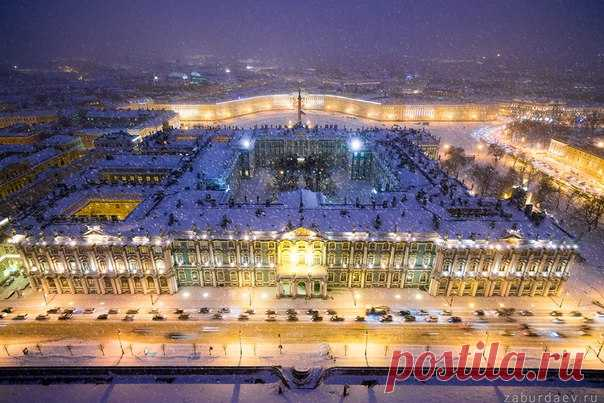 Зимний дворец, Санкт-Петербург. Автор фото — Станислав Забурдаев: