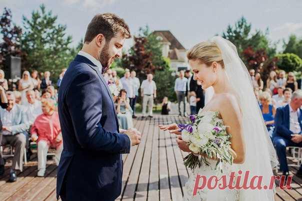 11 мифов о свадебных организаторах Читать далее: weddywood.ru/11-mifov-o-svadebnyh-organizatorah