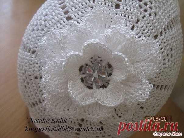 Шапочка для девочки с цветком на макушке крючком (Вязание крючком) — Журнал Вдохновение Рукодельницы