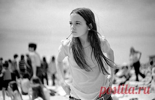 Знаменитый Иосиф Сабо был преподавателем, фотографом и писателем, который снимал американских подростков с середины 1960-х до конца 1980-х