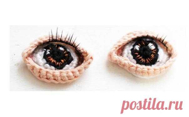 Красивые глаза для куклы Как связать крючком красивые глаза для куклы Потребуется: крючок 2,5 и х/б нитки