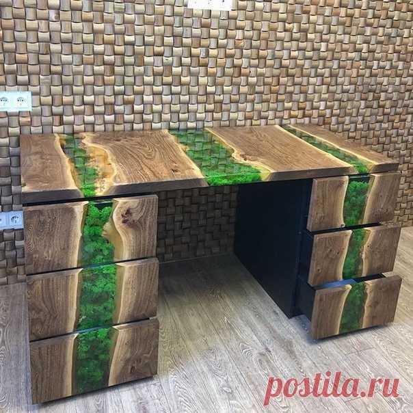 Стол из эпоксидки и дерева! Оригинально
