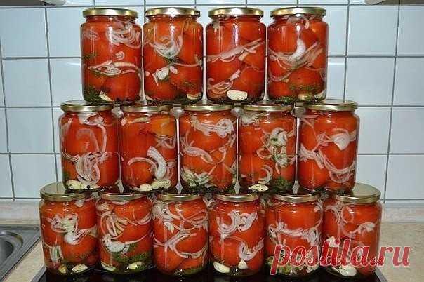 Помидоры в желе   Ингредиенты На 1 пол-литровую банку: Помидоры спелые /мясистые сорта, среднего размера/- 2 шт Показать полностью…