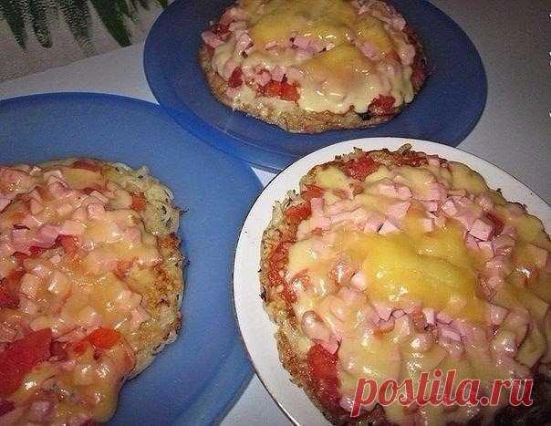 Молниеносная картофельная пицца на сковородке: просто глазом не успеешь моргнуть!